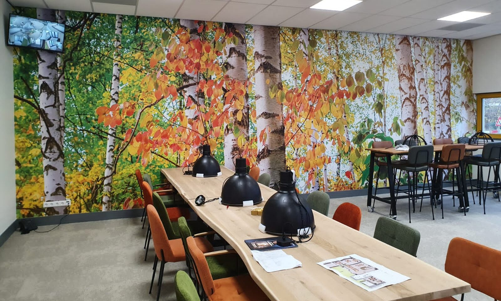 wandprint school kantine teamkamer naadloosbehang bomenprint Vinywall MetroXL
