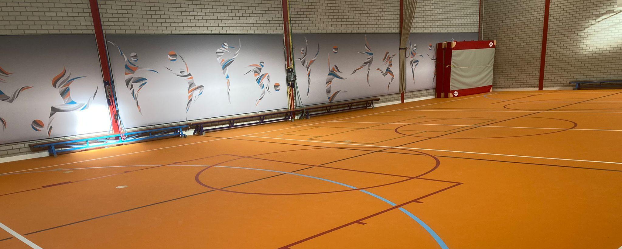 pulastic sound wall van MetroXL akoestisch dempende wandbekleding gymzaal